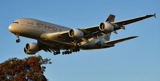 Etihad becomes first airline to operate single-use plastic-free flight